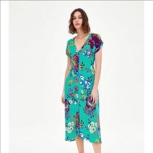 Zara Green Floral Dress Midi Button Down